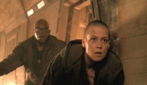 Alien 3 $4 - Charles S Dutton as Dillon and Sigourney Weaver as Ripley