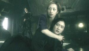 Alive #3 - Ryô as Yurika Saegusa and Koyuki as Asuka Saegusa, with Hideo Sukaki as Tenshu Yashiro in the background