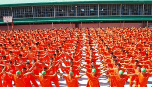 Dance of the Steel Bars 33 - the massed Cebu Provincial Detention and Rehabilitation Center dancers