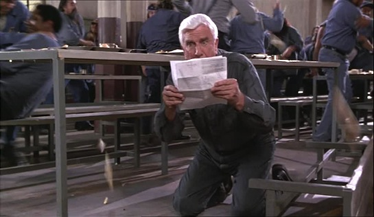 Naked Gun 33 1/3 The Final Insult - Leslie Nielsen as Frank Drebin