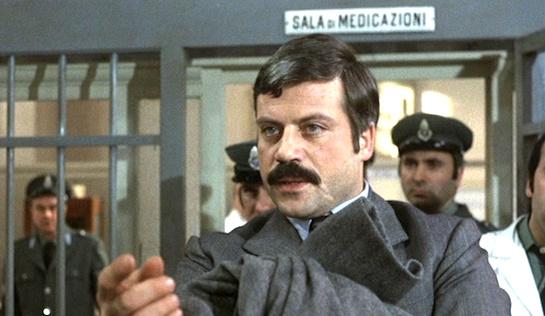 Revolver - Oliver Reed as Vito Cipriani