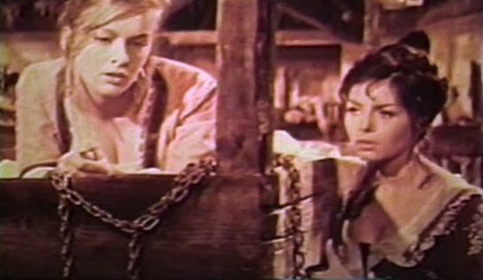 Women of Devil's Island - Sisters Michelle (aka Jeanette, Federica Ranchi) and Martine Foucher (Michèle Mercier) chained together